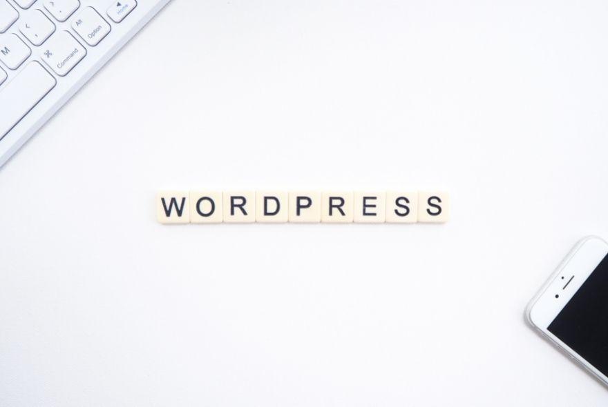 12 Best Free WordPress Plugins for Bloggers